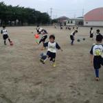 リフティング練習 桶川東小学校
